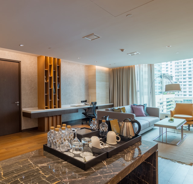 Premium Apartments - 96sqm – King Bed – Kitchen – Dining – Connecting Room